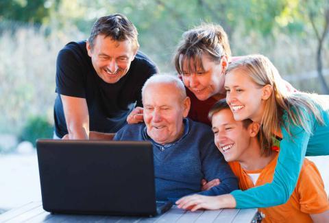 Bürgerbeteiligung: Dialog - online, vor Ort und Beiträge auf Papier verbinden.
